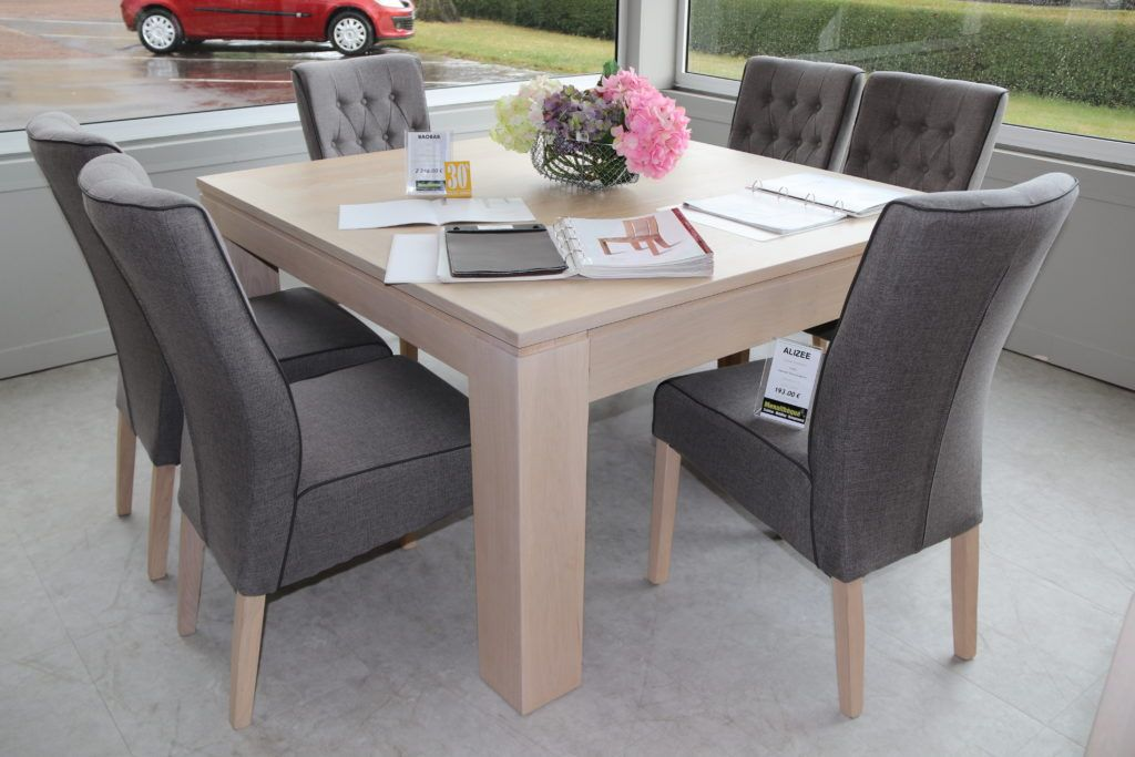 Table-BAOBAB-chêne-blanchi-140x140-2-allonges-55x140-2346€-30-2-1024x683